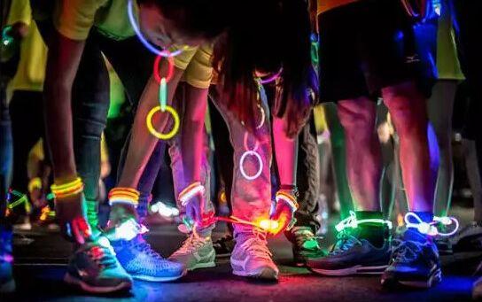 2016年大型公益荧光夜走活动我们来参与-元则电器代表队
